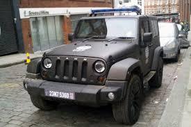 futuristic jeep tom cruise drives a kahn jeep wrangler in new film auto express