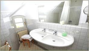 steckdosen badezimmer badezimmer waschbecken