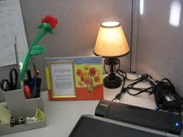 Cool Office Lighting Step Up Your Cubicle Decor With Cool Office Lighting Ideas