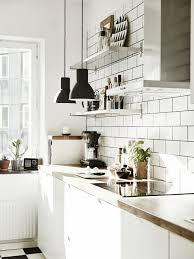photo cuisine blanche tuile subway blanche pour la cuisine 15 idées de dosseret