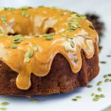 spicy pumpkin and apple bundt cake