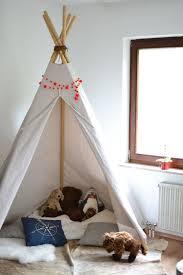 tipi pour chambre 15 idées pour créer un tipi dans une chambre d enfant