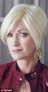 cherry jane with short haircut jane seymour switches from brunette to platinum blonde for vish