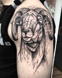 shoulder tattooo black and grey ram tattoo on shoulder animals tattoo pinterest
