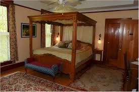 Mirrored Canopy Bed Herlong Mansion Bed U0026 Breakfast In Micanopy