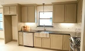 peindre meuble de cuisine peinture pour meuble de cuisine en bois peinture julien plastique