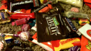 halloween trick or treat candy review 2011 youtube