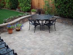 Round Patio Stones by Landscaping Around Square Brick Patio Garden Penaime