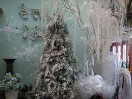 Decorated Christmas Trees Ideas Ways To Decorate A Christmas Tree Christmas Tree Decorating Ideas