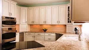 white kitchen cabinet knob ideas white kitchen cabinets knob ideas