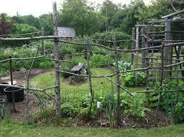 cheap vegetable garden fence ideas video and photos