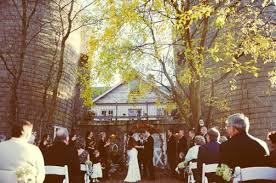 Unique Wedding Venues In Michigan Autumnal Michigan Wedding Ruffled