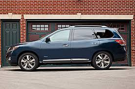 nissan pathfinder used review 2014 nissan pathfinder hybrid review automobile magazine