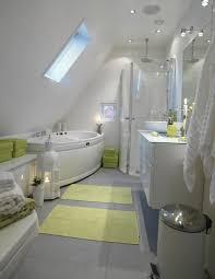 badezimmer mit dachschräge kleine badezimmer mit dachschräge zur wellness oase