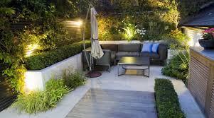 petit salon de jardin pour terrasse 25 idées pour aménager et décorer un petit jardin