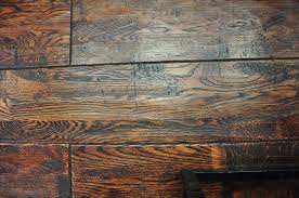 what s the deal with scraped hardwood floor coverings
