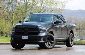 Dodge Ram Truck 2015 - pickup review 2015 ram 1500 hemi black sport crewcab driving