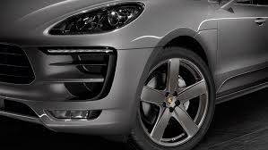 Porsche Macan Black - new sporty options for the macan