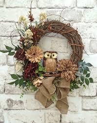 How To Decorate A Christmas Wreath Best 25 Owl Wreaths Ideas On Pinterest Xmas Wreaths Winter