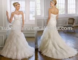mermaid wedding dresses 2011 strapless white wedding dresses photo with mermaid wedding dress
