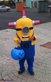 Minion Halloween Costume 25 Minion Halloween Costumes Ideas Diy