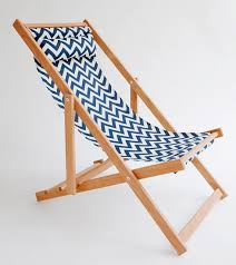 Outdoor Furniture Vancouver by 10 Easy Pieces Folding Deck Chairs Gardenista