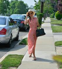 style ideas celebrity style vacation outfit ideas glamour