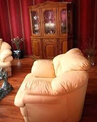 comment nettoyer un canapé en cuir blanc comment nettoyer un canape canape comment nettoyer un canape en