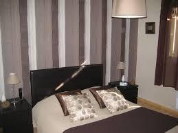 chambre avec papier peint chambre tapisserie chambre unique id e tapisserie chambre avec