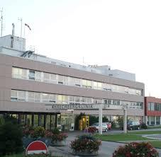 Klinikum Baden Baden Baden Württemberg Hochschwangere Frau Verlässt Klinik Und Stirbt