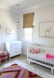 chambre de petit garcon décoration chambre bébé garçon et fille jours de joie et nuits se