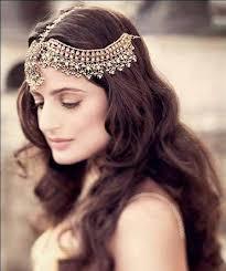 Trendy Pakistani Bridal Hairstyles 2017 New Wedding Hairstyles Look Best 25 Tikka Hairstyle Ideas On Pinterest Indian Makeup