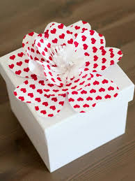 How To Make A Box With Paper - simple for decorative paper flowers how tos