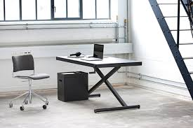 Adjustable Height Office Desk by Xtable Manual Adjustable Desk Gadget Flow