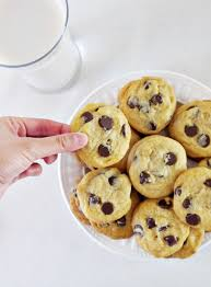 the ultimate chewy chocolate chip cookiesvegan chow down