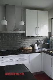 cuisine cacher cacher carrelage cuisine pour idees de deco decoration mural
