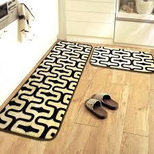 tapis de sol cuisine tapis plastique cuisine porte porte tapis de bain wc vestiaire
