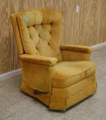 Yellow Recliner Chair 1970s Lazy Boy Recliners Grandmas Were Green Remember This