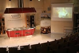 cuisine parme académie barilla à parme salle de démonstration de cuisine