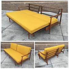 Cheap Bed Settee Best 25 Pull Out Bed Couch Ideas On Pinterest Pull Out Couches