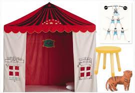 chambre cirque les enfants font leur cirque joli place