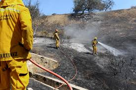 Wildfire La Area by Canyon Wildfire Veers Away From Ritzy California Enclave The