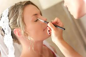 how to be a makeup artist be a professional makeup artist with these unrevealed expert