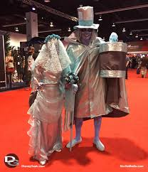 Haunted Mansion Costume Cosplayers At D23 Expo 2015 Daynah Discoveries U2013 The Geek U0027s Blog