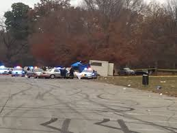 what teams are playing on thanksgiving kentucky thanksgiving day shooting leaves two dead at football