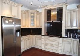 what is the average cost of refacing kitchen cabinets