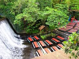 waterfall restaurant in philippines is an amazing experience