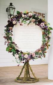40 ways to decorate your wedding with floral garlands