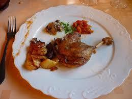 cuisiner des cuisses de canard confites cuisses de canard confites recette rapide et facile recettes