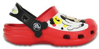 chaussure crocs cuisine crocs cc mickey paint splatter clogs chaussures enfant crocs